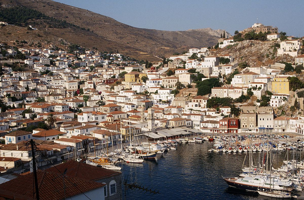 hydra harbour greece anchor crossing